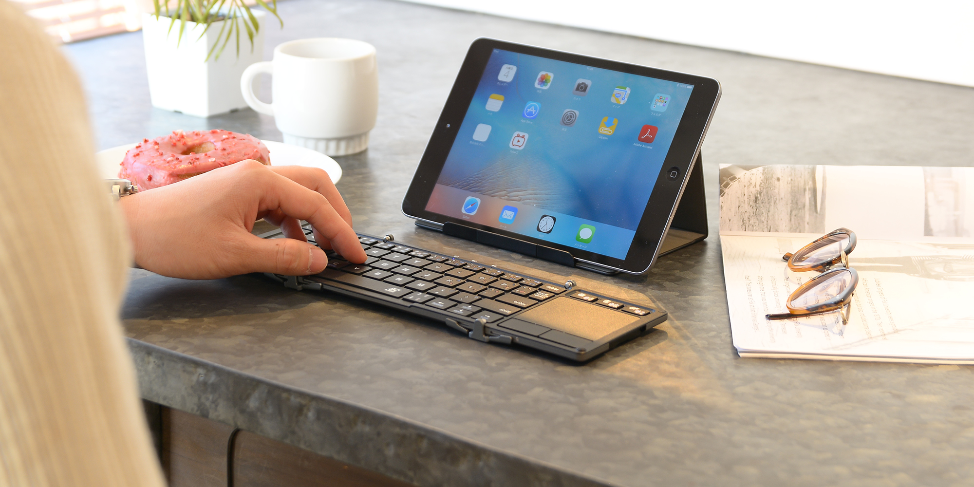 TRI Touch+ Foldable Bluetooth Keyboard